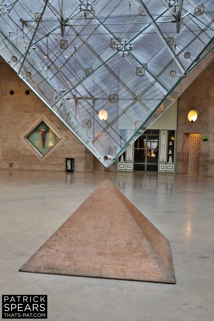 GLASS PYRAMIDS II
